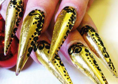 nails-47